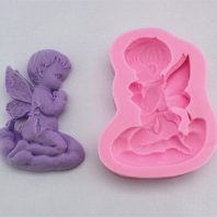 Little angle praying silicone mold for fondant or chocolate etc L135